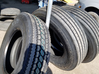 Commercial Tire Supplier and fitter in Bradenton, Manatee serving sourrounding areas such as Ellenton, Sarasota